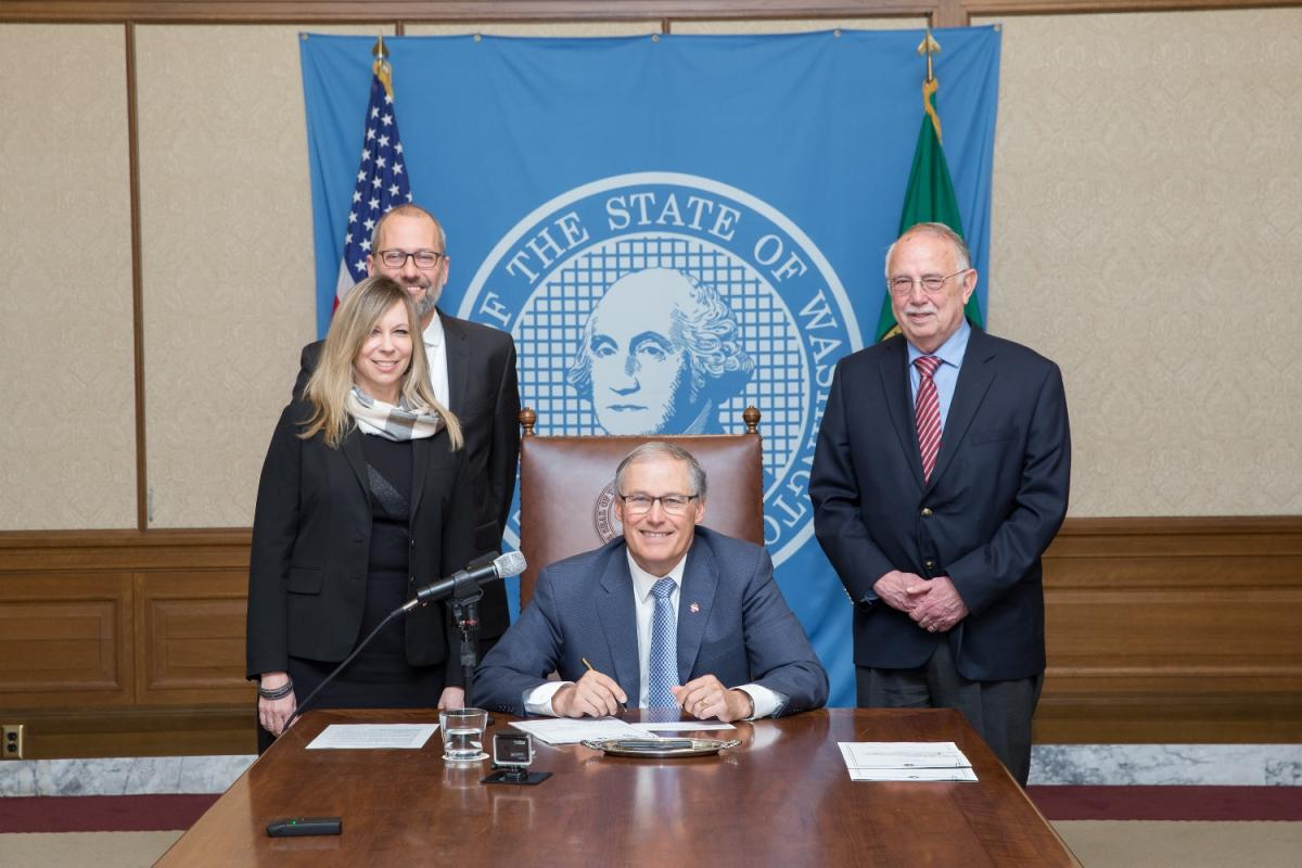 Washington Governor Signs Bill Ensuring Access to Essential Hospital Care